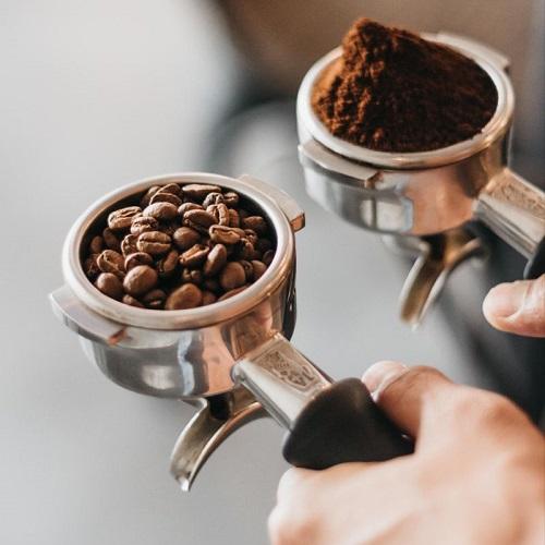 Coffee-beans-by-clickdomain.ir_.jpg